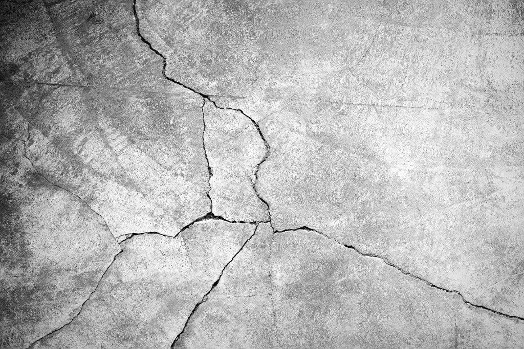 cracks on concrete